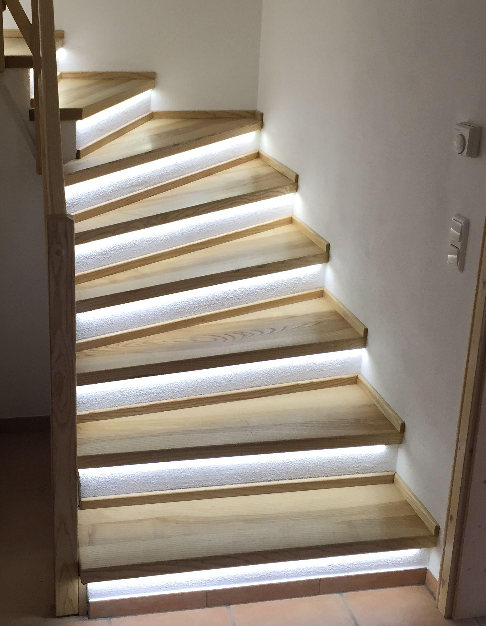 treppenprofile treppenkantenprofile treppenstufenprofile. Black Bedroom Furniture Sets. Home Design Ideas